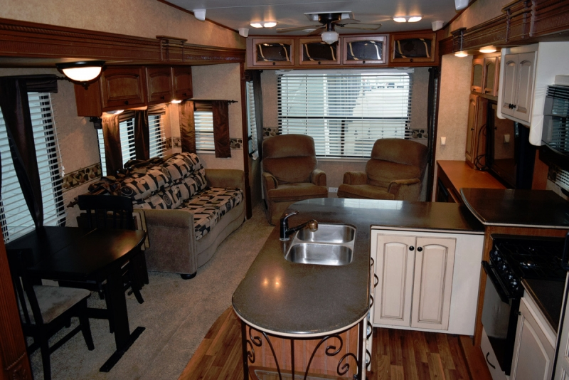 Heartland Big Country 3450TS 33' 2011 price $23,900