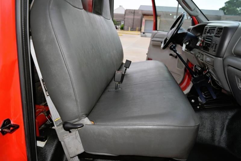Ford Super Duty F-550 DRW 2003 price $21,900