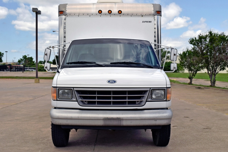 Ford Econoline Commercial Chassis 1995 price $19,900