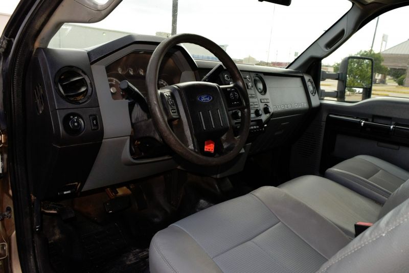Ford Super Duty F-350 DRW 2013 price $24,900
