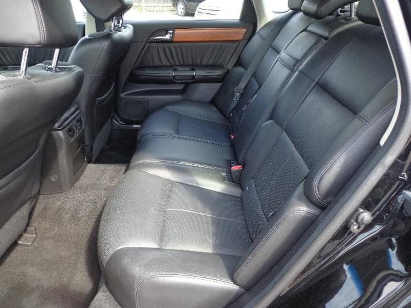 Infiniti M35 2006 price $5,995