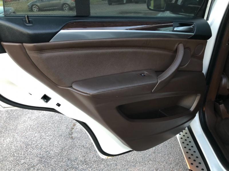 BMW X5 2008 price $9,500