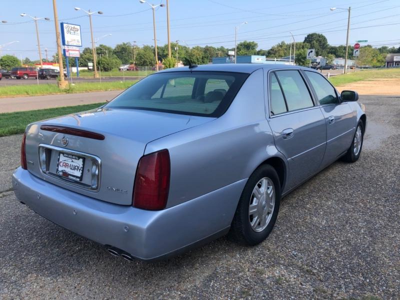 Cadillac DeVille 2005 price $4,600
