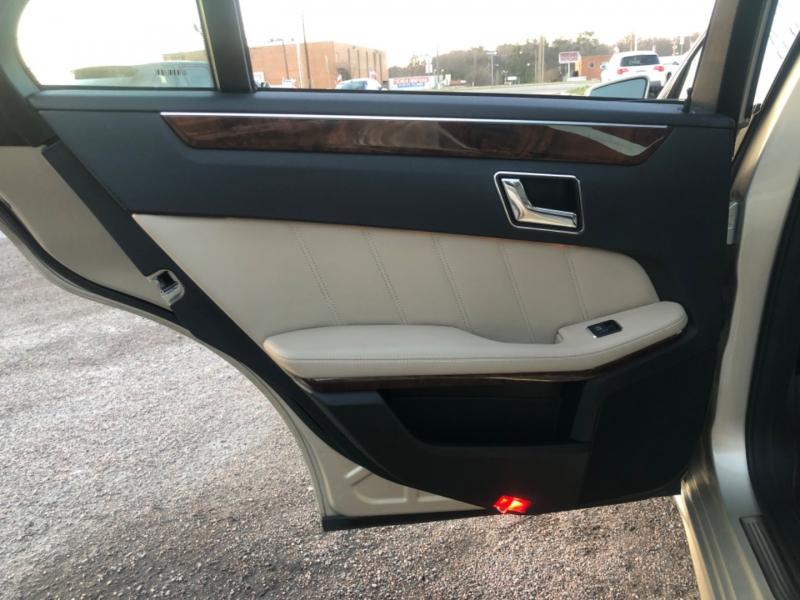 Mercedes-Benz E-Class 2011 price $13,800