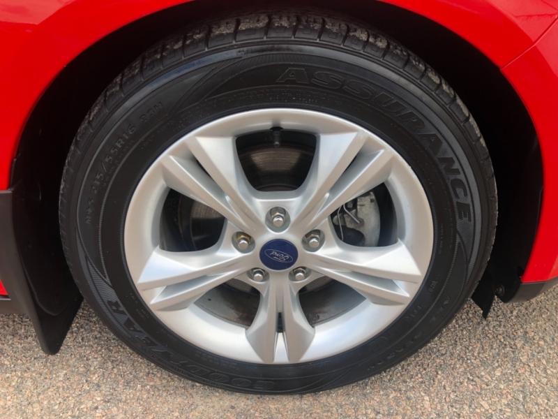 Ford Focus 2014 price $7,500