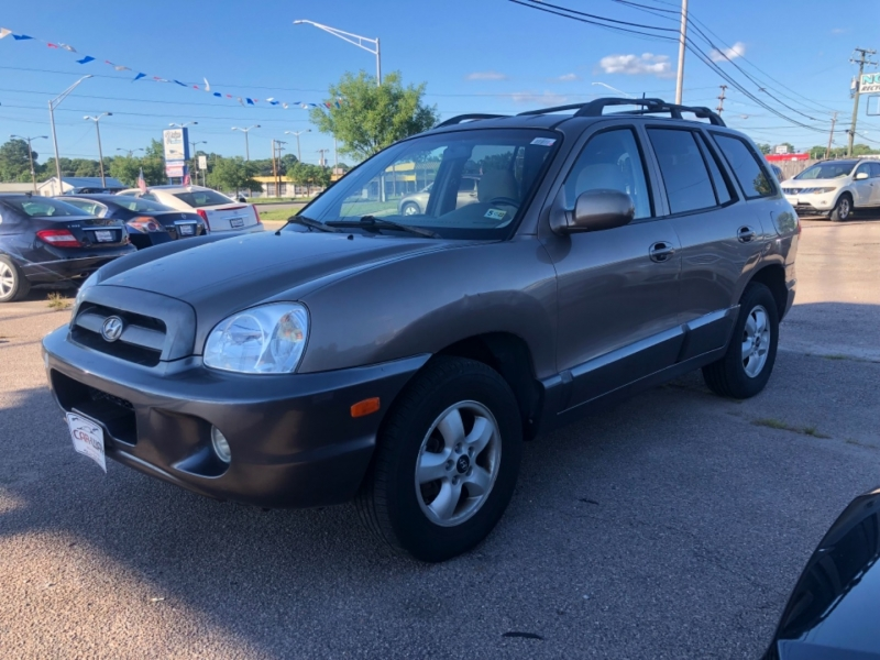 Hyundai Santa Fe 2005 price $4,900