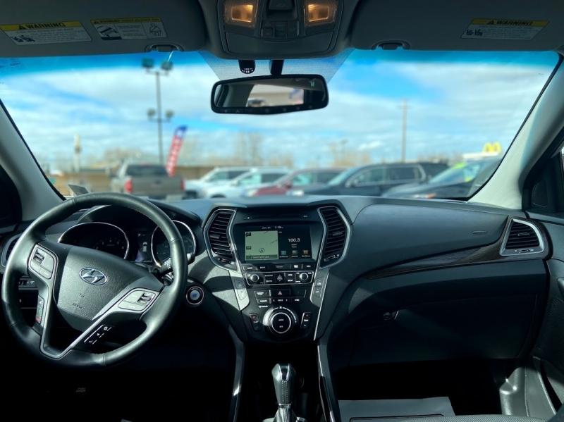 Hyundai Santa Fe Sport 2017 price $23,995