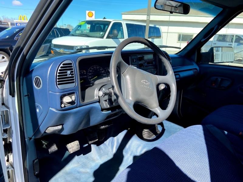 Chevrolet C/K 2500 1996 price $8,995