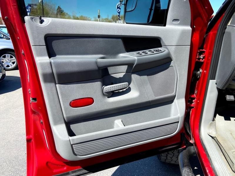 Dodge Ram 2500 2006 price $21,995