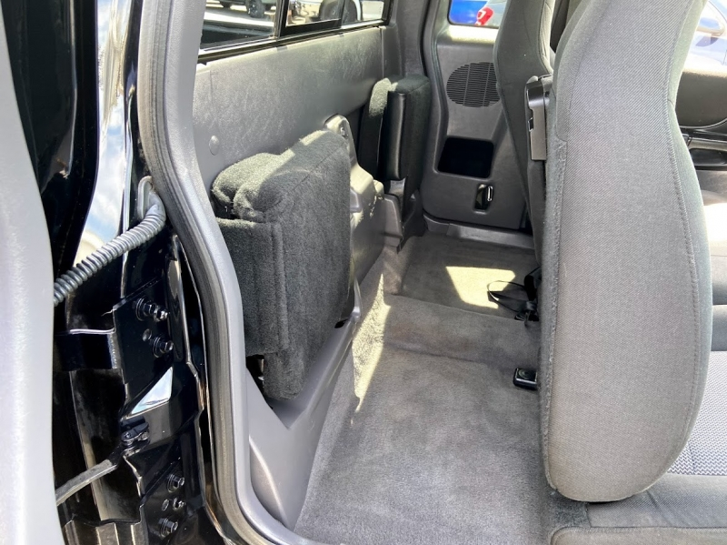 Ford Ranger 2003 price $11,995