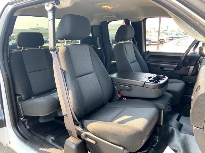 GMC Sierra 2500HD 2013 price $25,995