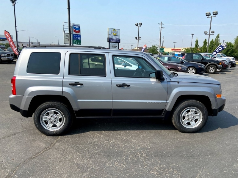 Jeep Patriot 2017 price $19,995