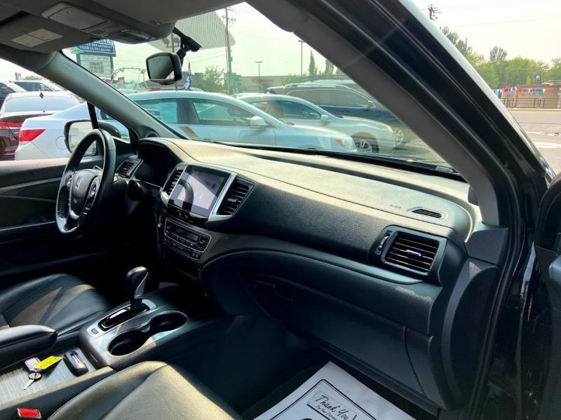 Honda Ridgeline 2017 price $28,995