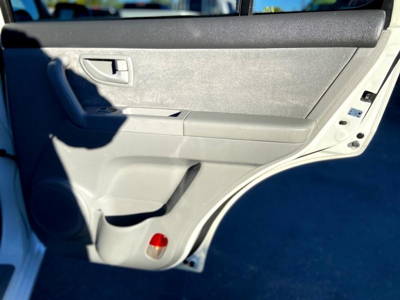 Kia Sorento 2004 price $4,995