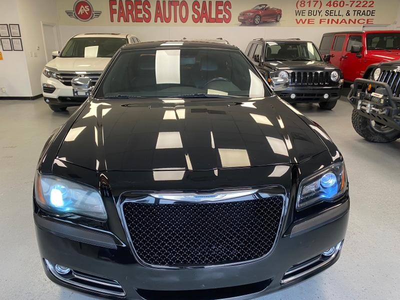 Chrysler 300 2012 price $8,998
