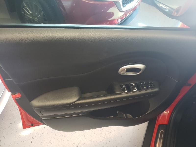 Kia Soul 2017 price $12,500