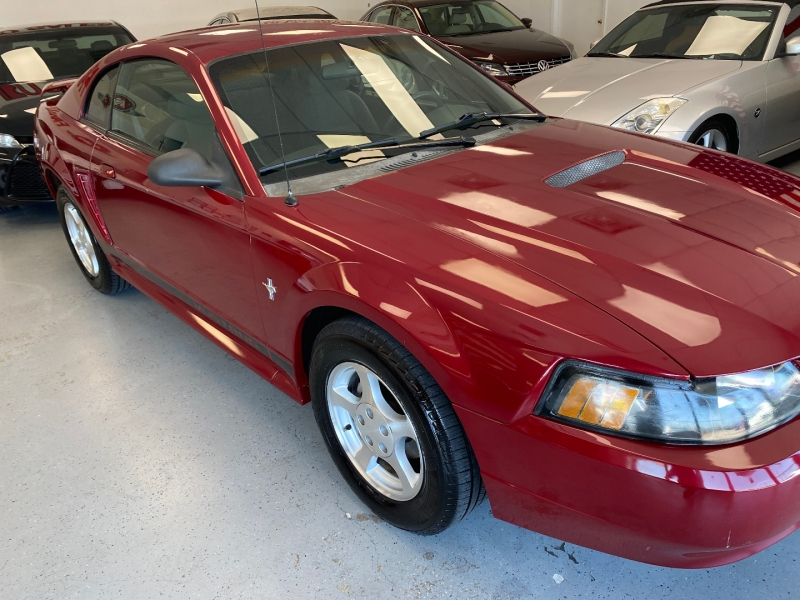 Ford Mustang 2002 price $7,800