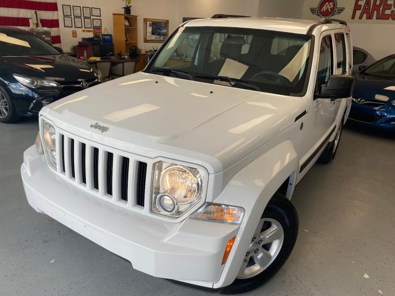 Jeep Liberty 2012 price $9,498