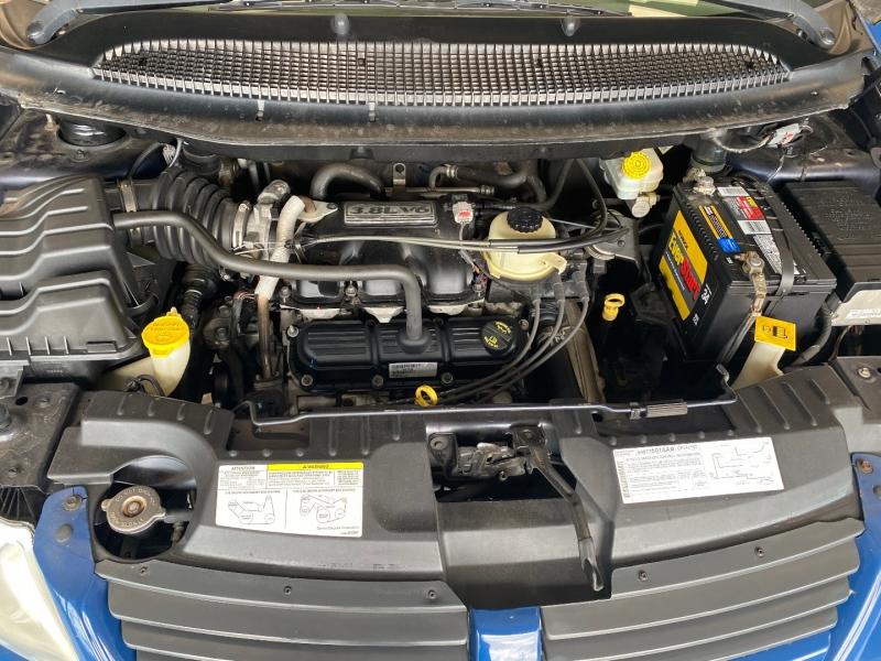 Dodge Grand Caravan 2007 price $2,498
