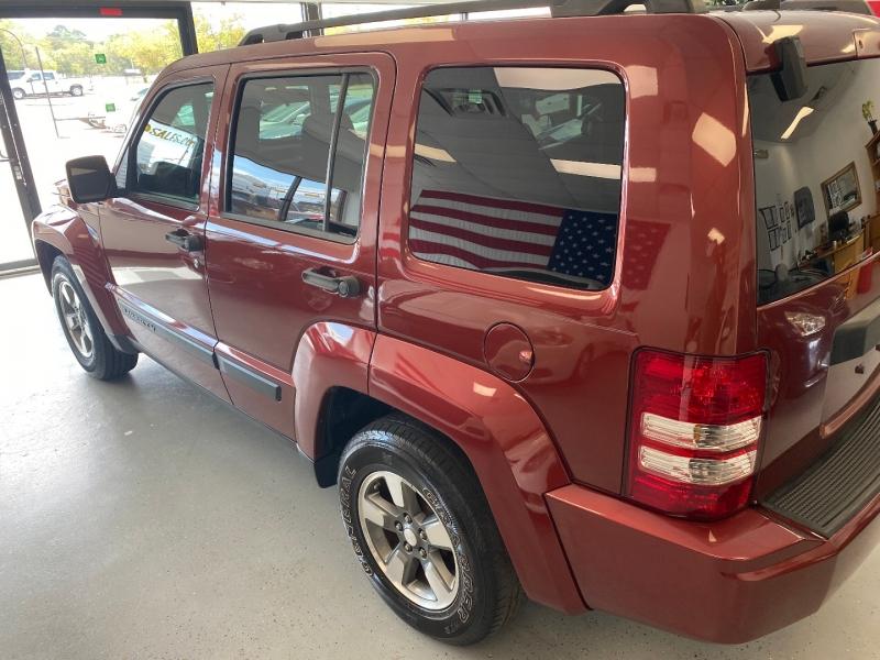 Jeep Liberty 2009 price $8,498