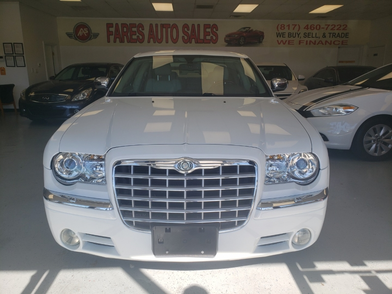 Chrysler 300 2006 price $12,498