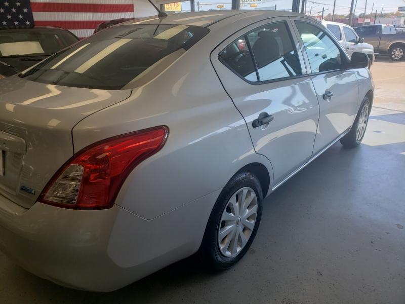 Nissan Versa 2013 price $6,498