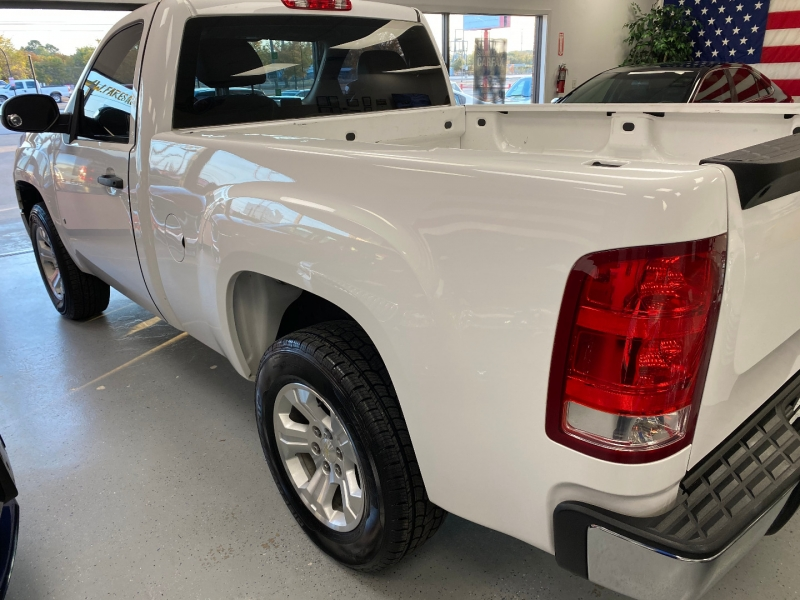 GMC Sierra 1500 2009 price $14,500