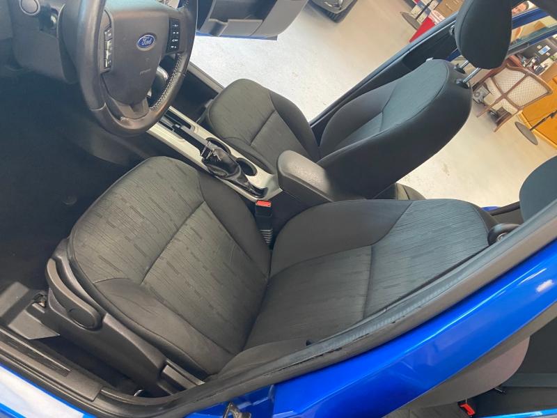 Ford Focus 2011 price $5,498