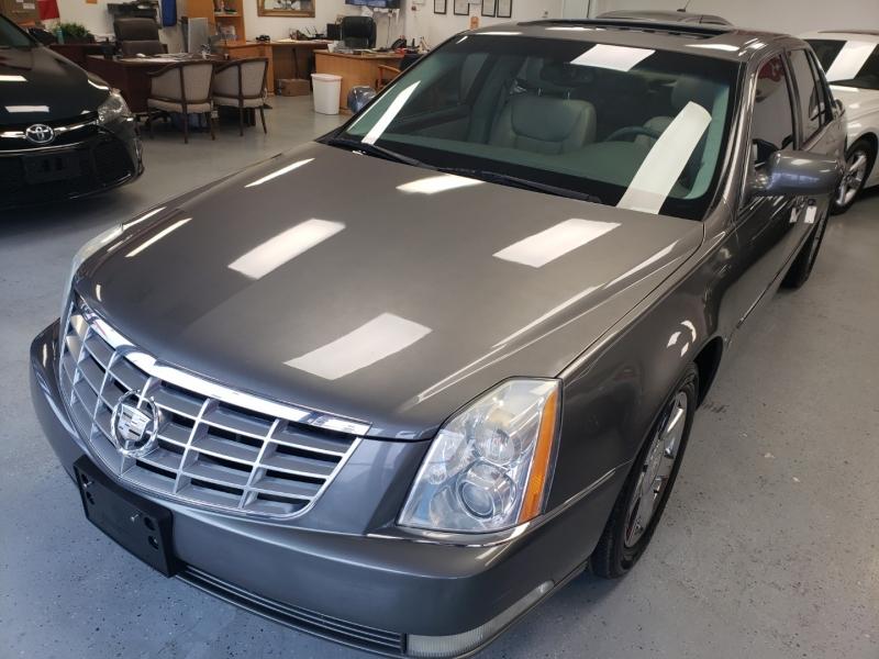Cadillac DTS 2007 price $6,998