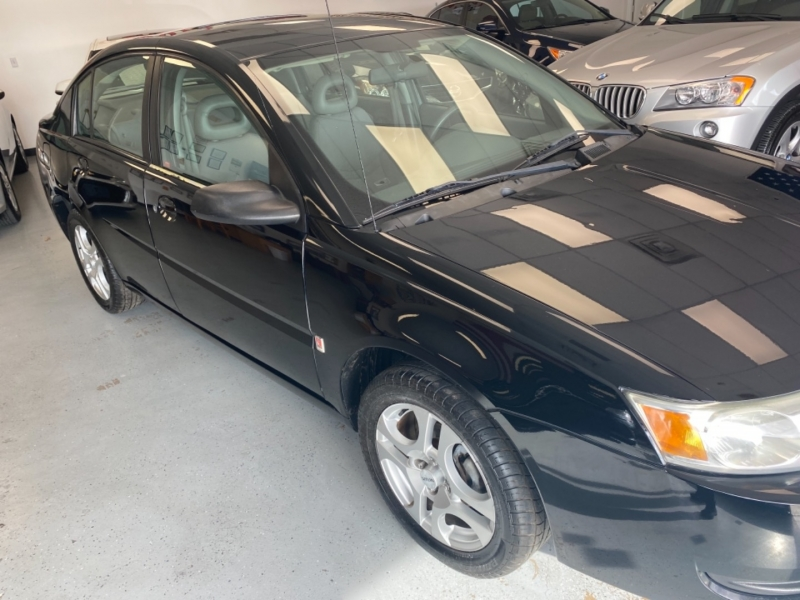 Saturn Ion 2004 price $2,998