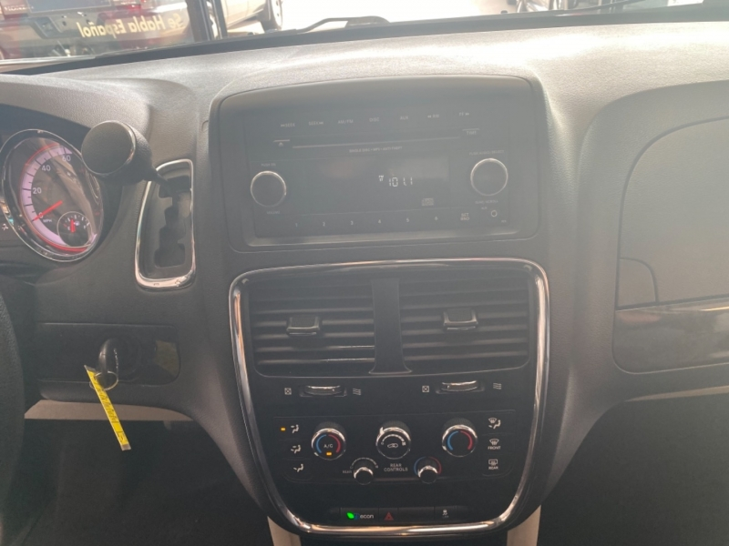 Dodge Grand Caravan 2015 price $10,498
