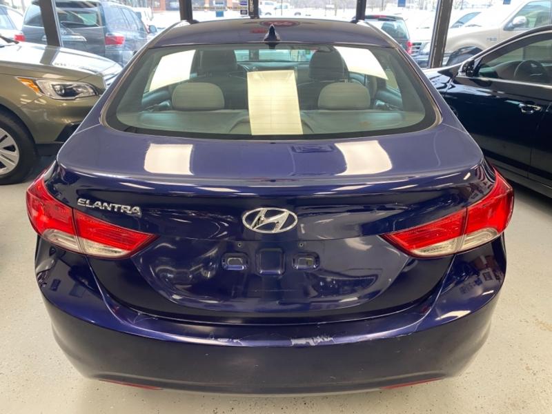 Hyundai Elantra 2013 price $4,500