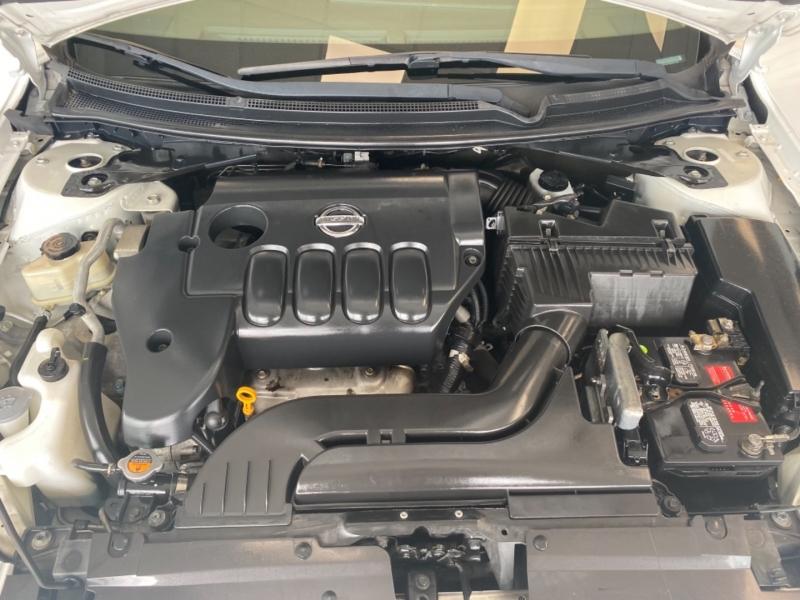 Nissan Altima 2010 price $8,998