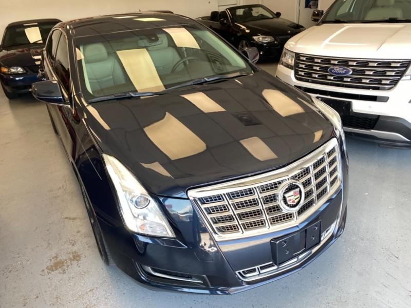 Cadillac XTS 2013 price $14,998