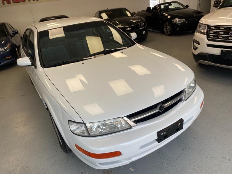 Nissan Maxima 1998 price $4,998
