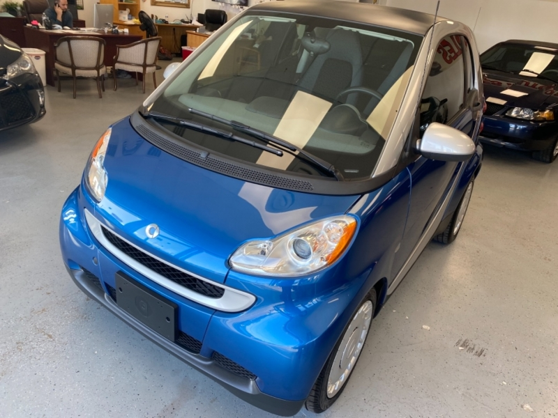 Smart fortwo 2009 price $7,498