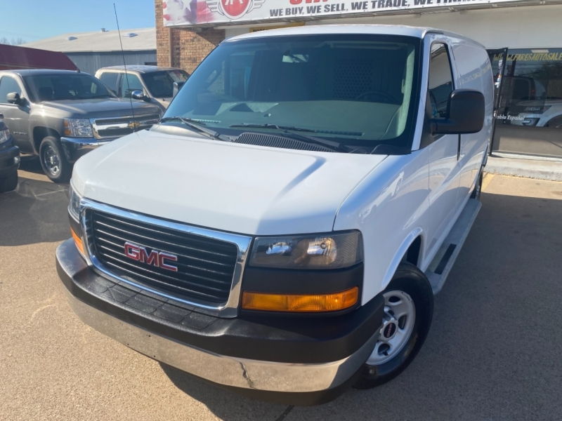 GMC Savana Cargo Van 2017 price $25,998
