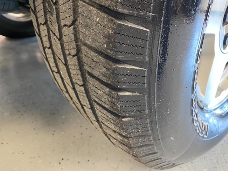 Chevrolet Tahoe 2004 price $9,998