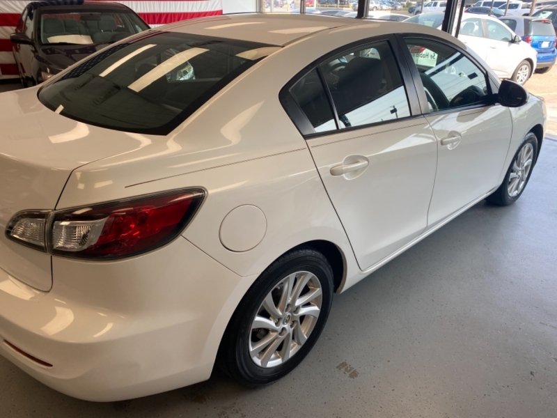 Mazda Mazda3 2012 price $9,498