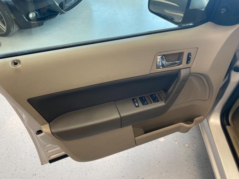 Ford Focus 2008 price $7,498