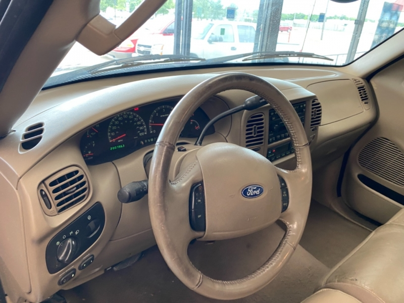 Ford F-150 2003 price $6,850