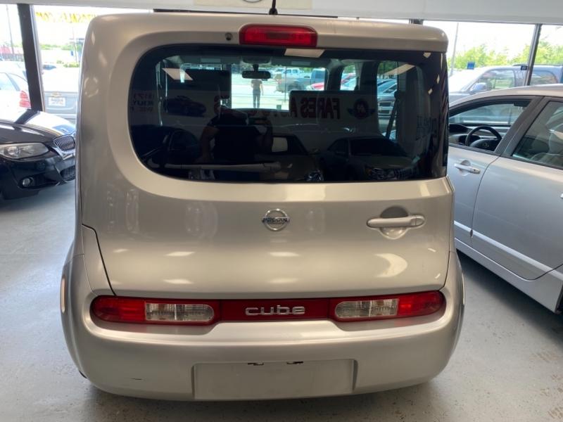 Nissan cube 2010 price $5,498