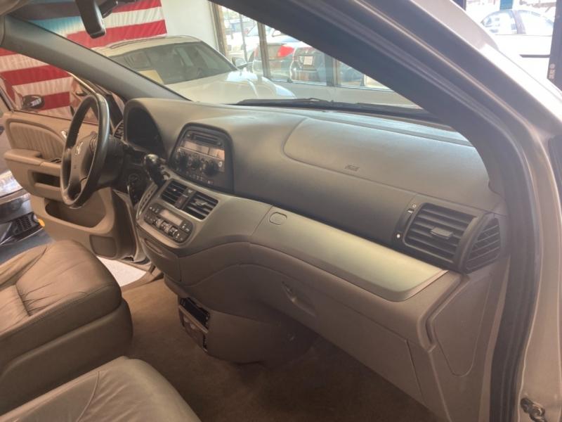 Honda Odyssey 2009 price $8,998