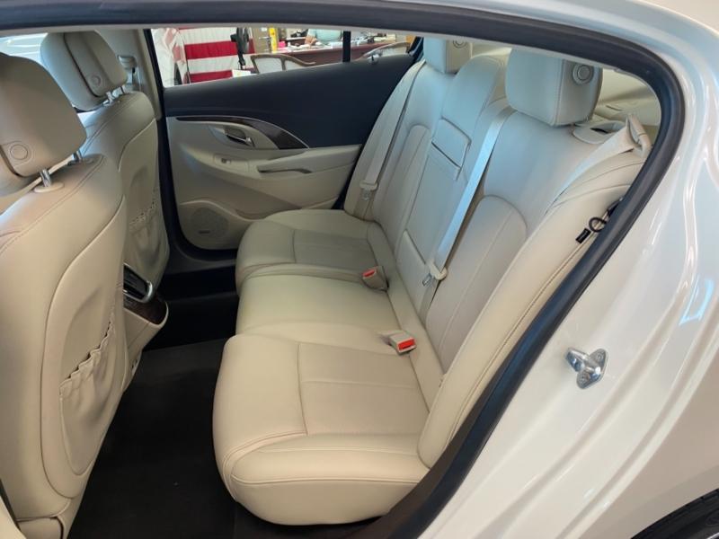 Buick LaCrosse 2014 price $17,498