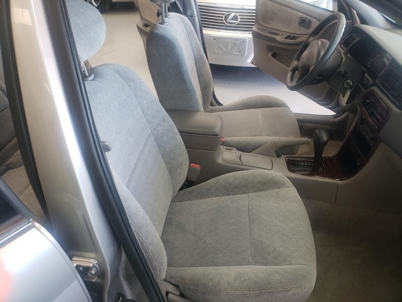 Nissan Altima 2001 price $5,998
