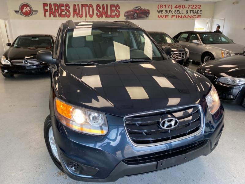 Hyundai Santa Fe 2011 price $8,498