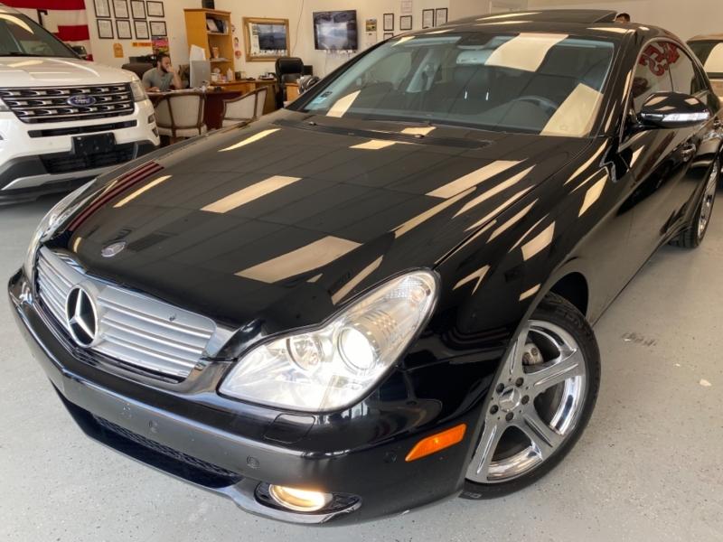 Mercedes-Benz CLS-Class 2006 price $16,498