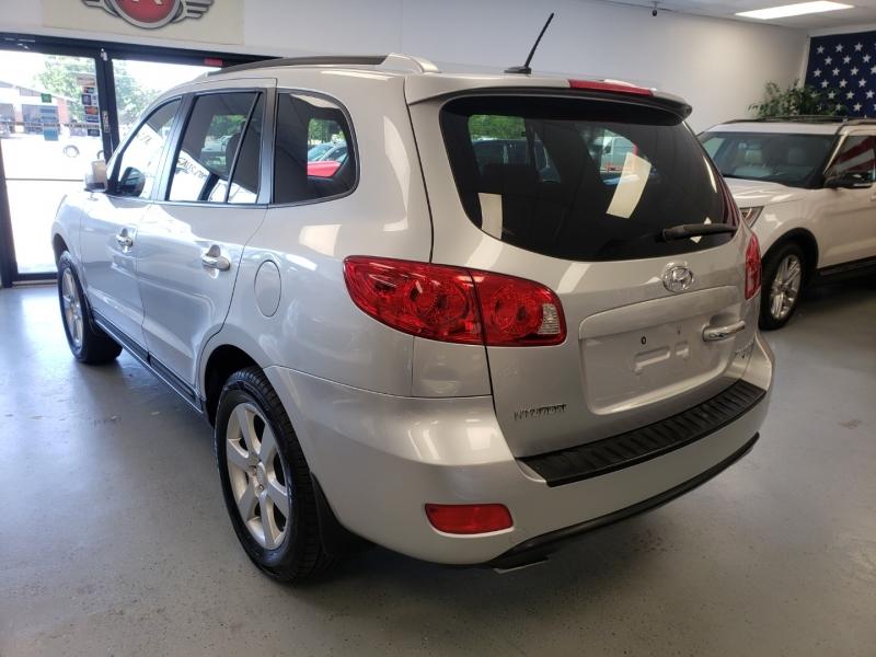 Hyundai Santa Fe 2008 price $9,498