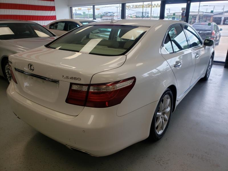 Lexus LS 460 2007 price $12,498