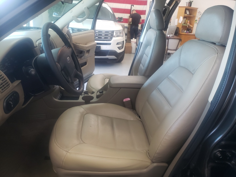 Ford Explorer 2005 price $7,998